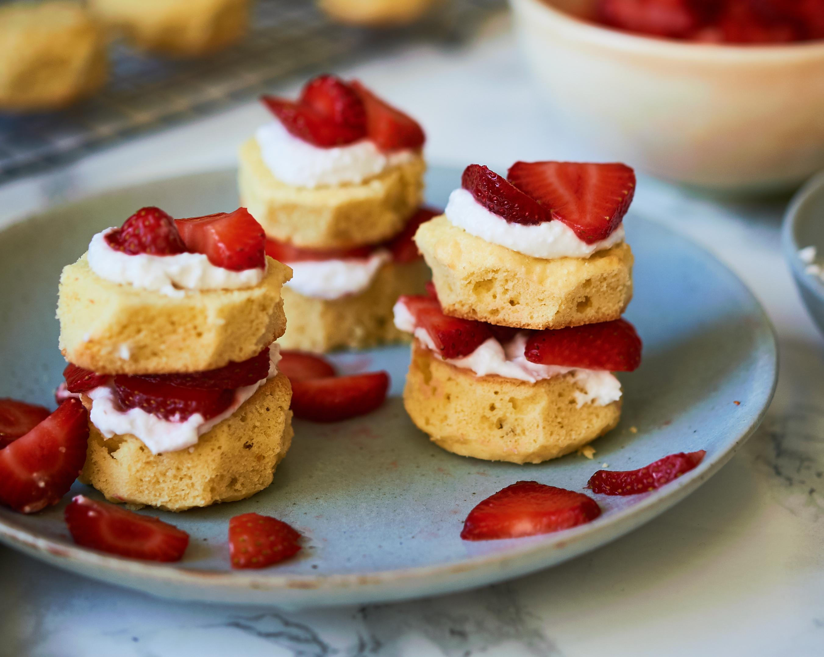 strawberry shortcake grain-free, gluten-free, sugar-free, paleo
